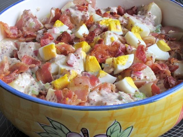 Bacon and Egg Potato Salad myfavouritepastime.com_2536