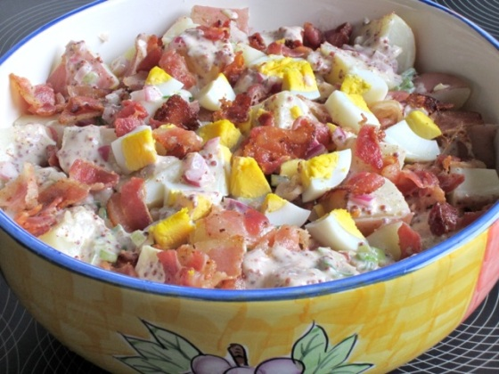 Bacon and Egg Potato Salad myfavouritepastime.com_2537