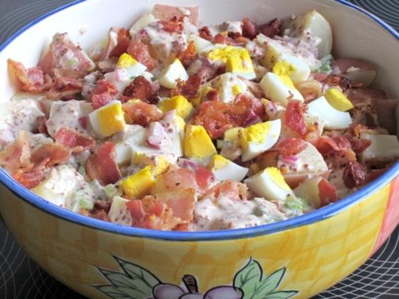Bacon and Egg Potato Salad myfavouritepastime.com_2537