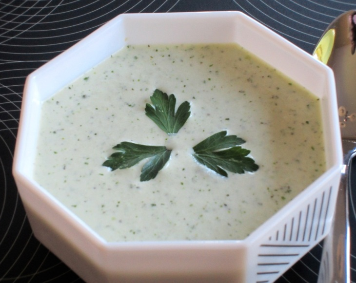 Minty Cucumber and Yoghurt Soup myfavouritepastime.com