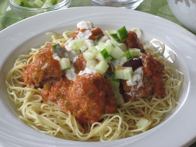 Greek Style Meatballs myfavouritepastime.com_3938