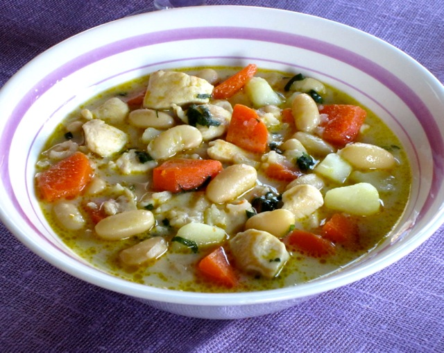 Hearty Chicken Soup myfavouritepastime.com_2643