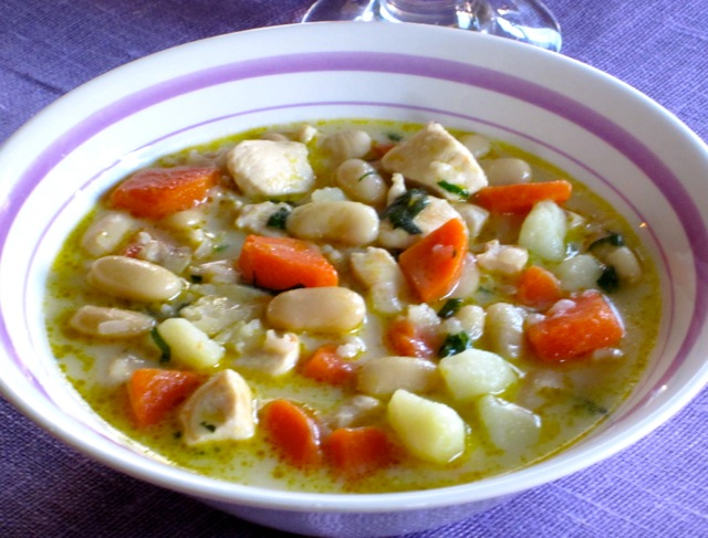 Hearty Chicken Soup myfavouritepastime.com_3614