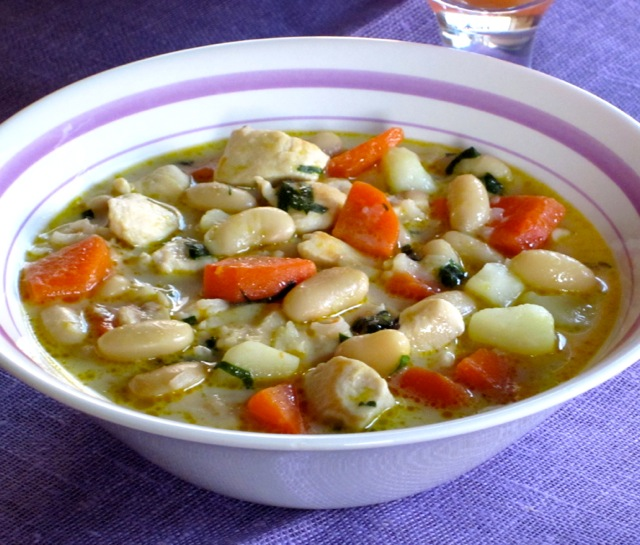 Hearty Chicken Soup myfavouritepastime.com_3620