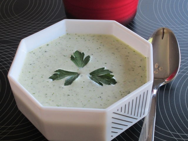 Minty Cucumber and Yoghurt Soup myfavouritepastime.com_2436