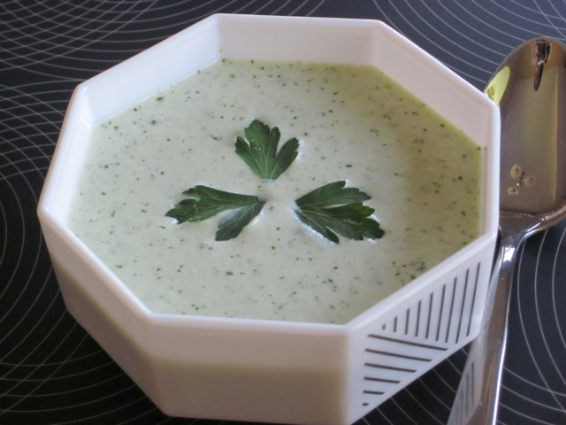 Minty Cucumber and Yoghurt Soup myfavouritepastime.com_3157