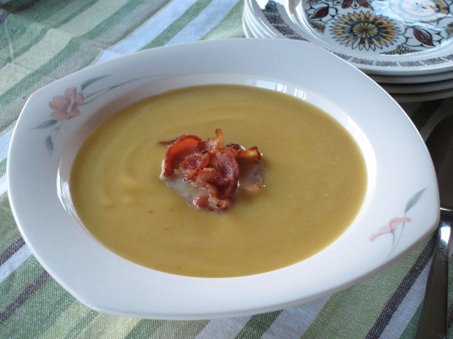Butternut Squash and Bacon Soup myfavouritepastime.com_2860