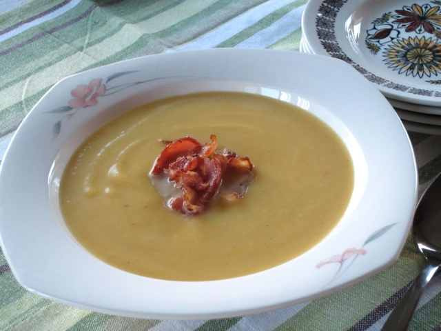 Butternut Squash and Bacon Soup myfavouritepastime.com_2861