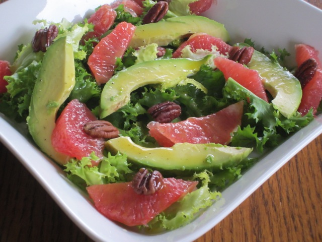 Curly Endive Avocado and Grapefruit Salad myfavouritepastime.com_3136