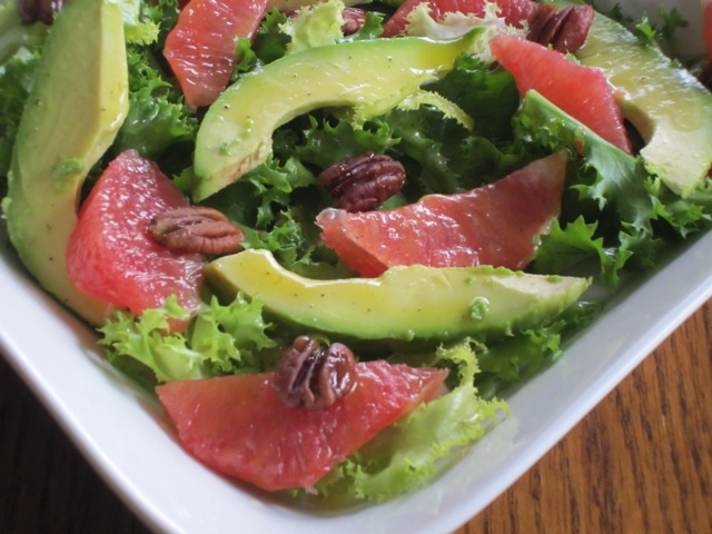 Curly Endive Avocado and Grapefruit Salad myfavouritepastime.com_3138