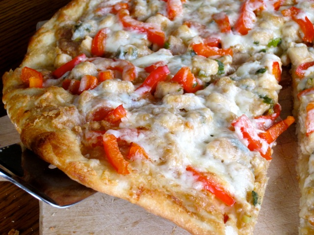 Thai Chicken Pizza myfavouritepastime.com_2794