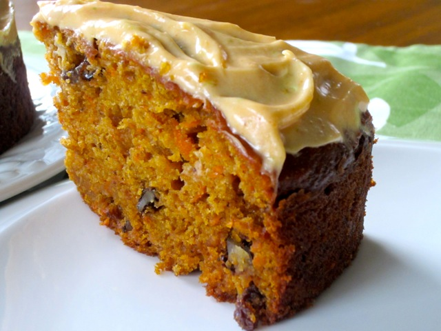 Pumpkin Carrot Cake with Sultanas and Walnuts myfavouritepastime.com_3482