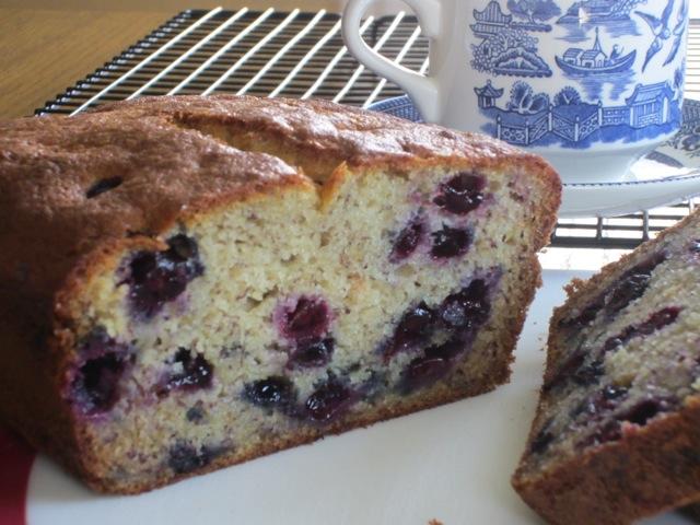 Blueberry Banana Bread myfavouritepastime.com_3346