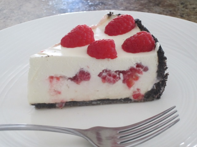 No-Bake Cheese Cake with Strawberries myfavouritepastime.com_3523