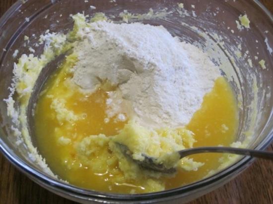 Coconut Raspberry Cake myfavouritepastime.com_5285