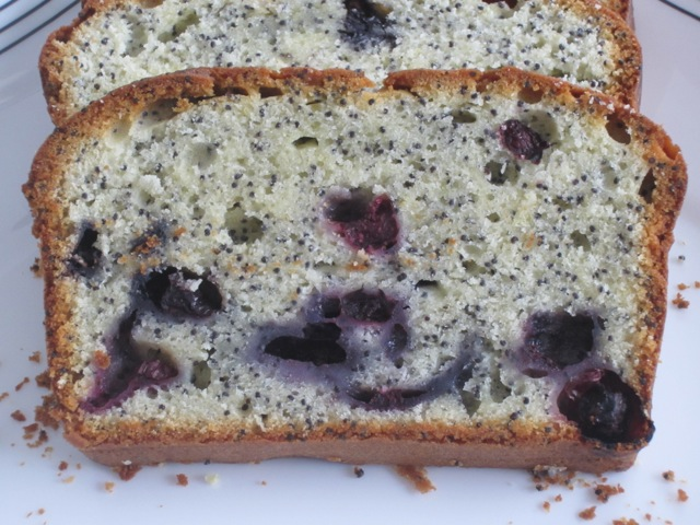 Lemon Poppy Seed Blueberry Cake myfavouritepastime.com_3585
