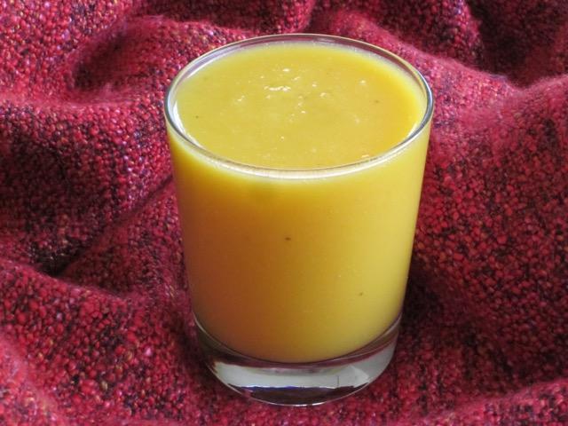Mango Banana and Cantaloupe Smoothie myfavouritepastime.com_5999