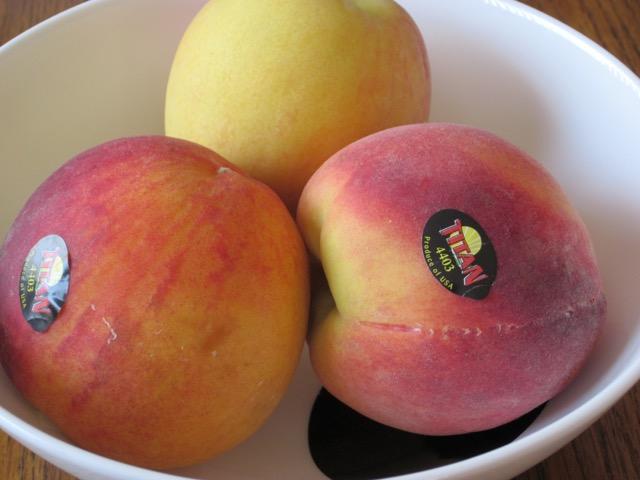 Peach myfavouritepastime.com_6047