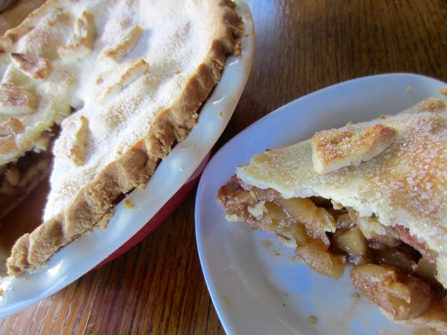Apple Pie myfavouritepastime.com