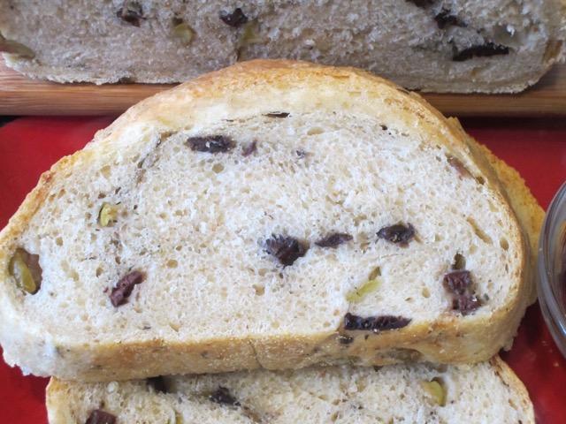 Olive Bread myfavouritepastime.com