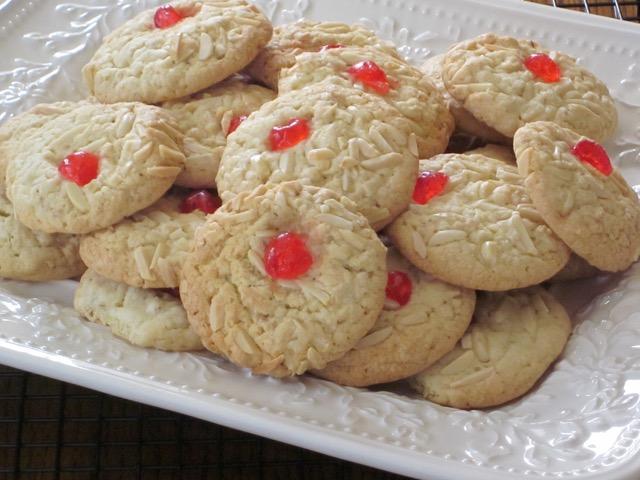 Almond Oatmeal Cookies myfavouritepastime.com