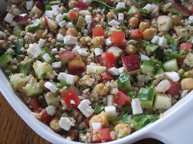 Bulgar Chickpea and Tomato Salad myfavouritepastime.com