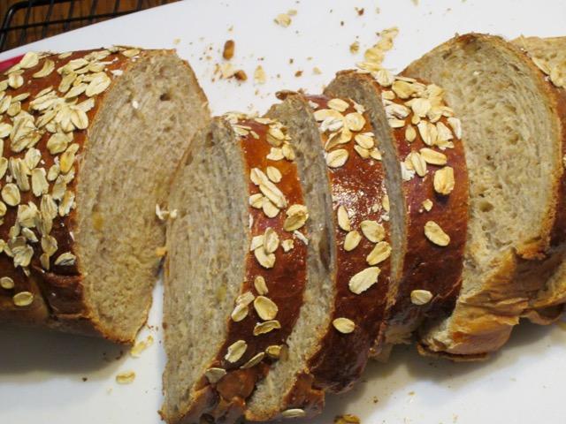 Honey Oatmeal and Walnut Bread myfavouritepastime.com