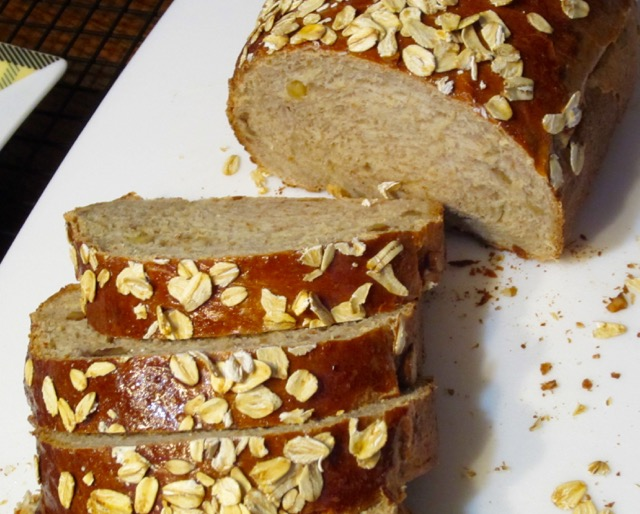 Honey Oatmeal and Walnut Bread myfavouritepastime.com