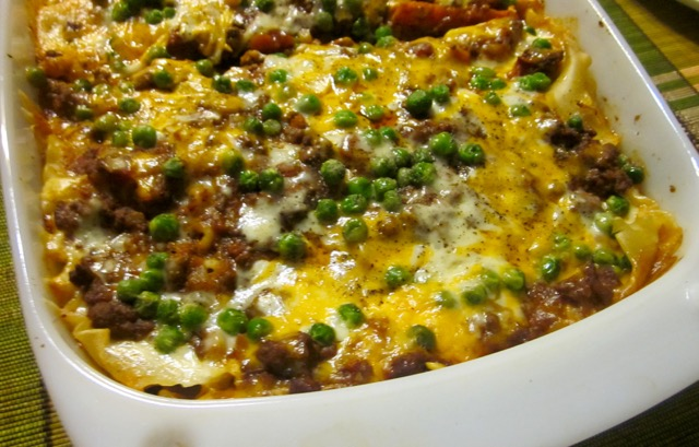 Simple Bolognese Lasagna with Peas myfavouritepastime.com_8549