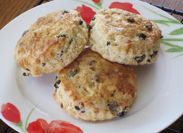 martha-stewarts-cream-scones-myfavouritepastime-com_6140