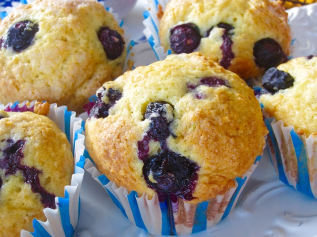 Lime Blueberry Muffins – My Favourite Pastime