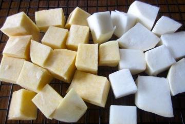 Rutabaga flesh is yellowish and turnip flesh is white