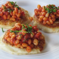 Gordon Ramsay's Homemade Spicy Baked Beans with Potato Cakes