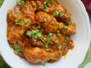 Creamy Tomato and Mushroom Chicken myfavouritepastime.com