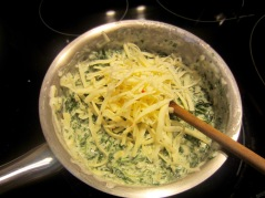 Simple Spinach and Artichoke Dip myfavouritepastime.com