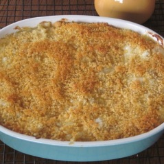 Baked Mac and Cheese myfavouritepastime.com