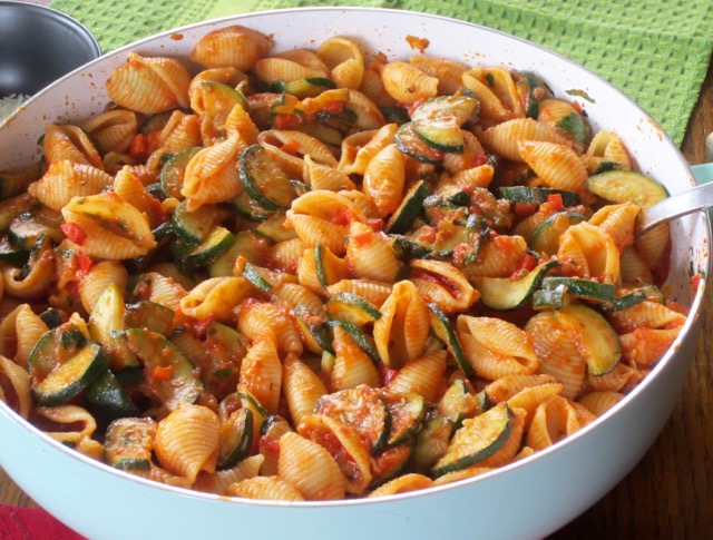Pasta with Zucchini in Creamy Tomato Sauce myfavouritepastime.com