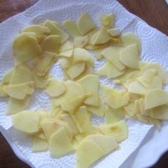 Dry potatoes-Smitten Kitchen Potato Pizza mufavouritepastime.com