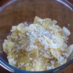 Season potatoes-Smitten Kitchen Potato Pizza mufavouritepastime.com