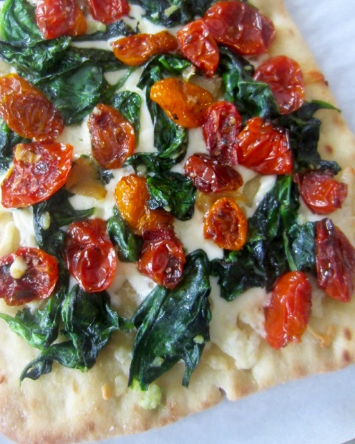 Garlic Roasted Tomato and Spinach Flatbread myfavouritepastime.com